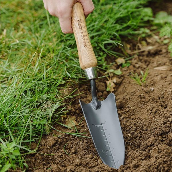 KENT AND STOWE 70100291 HAND TRANSPLANTING TROWEL CARBON STEEL HAND CRAFTED